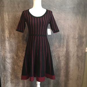 NWT Danny & Nicole Red Black Sweater Fit & Flare S